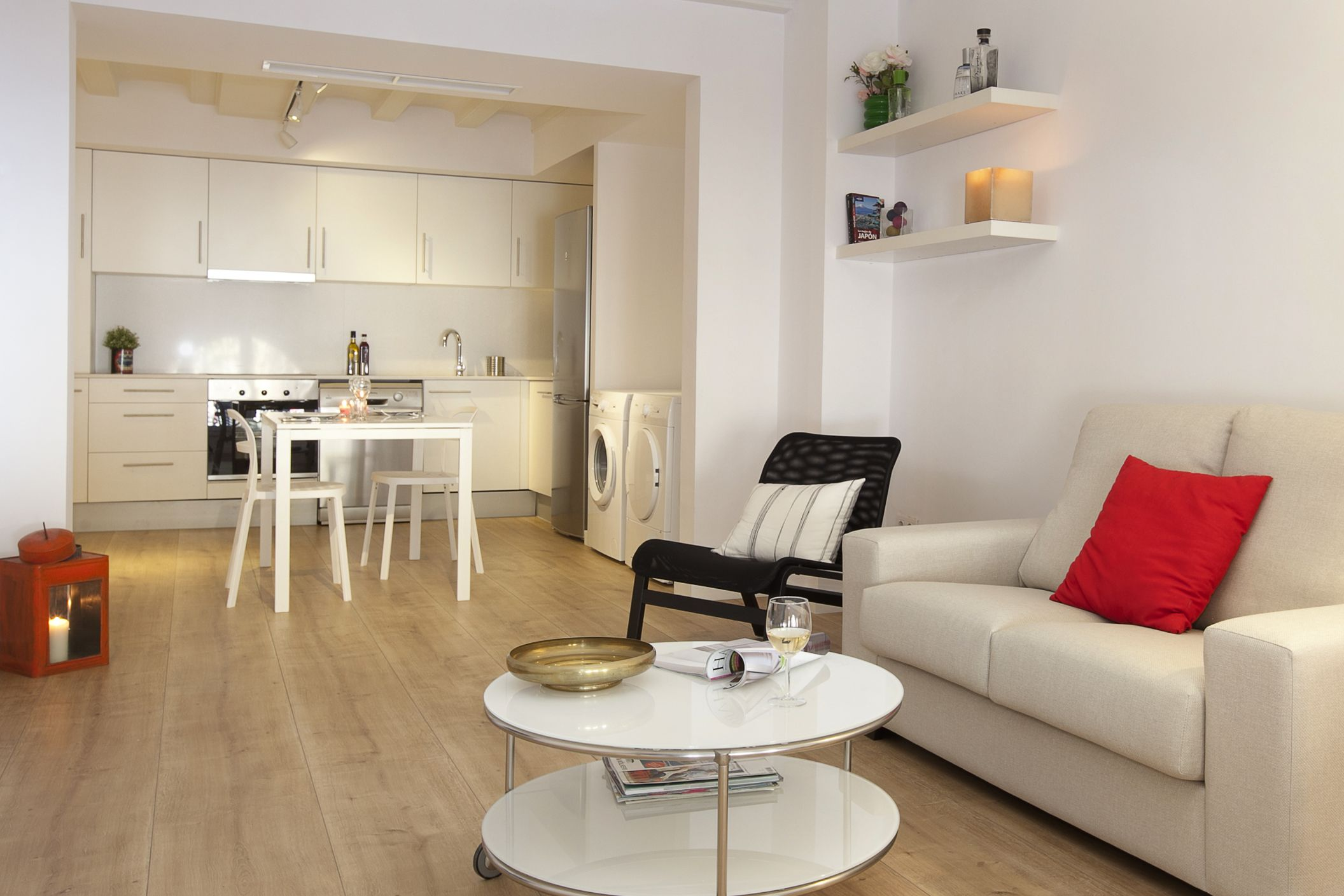 Besta Salle A Manger 10. salon comedor - living and dining room | 1840 apartments