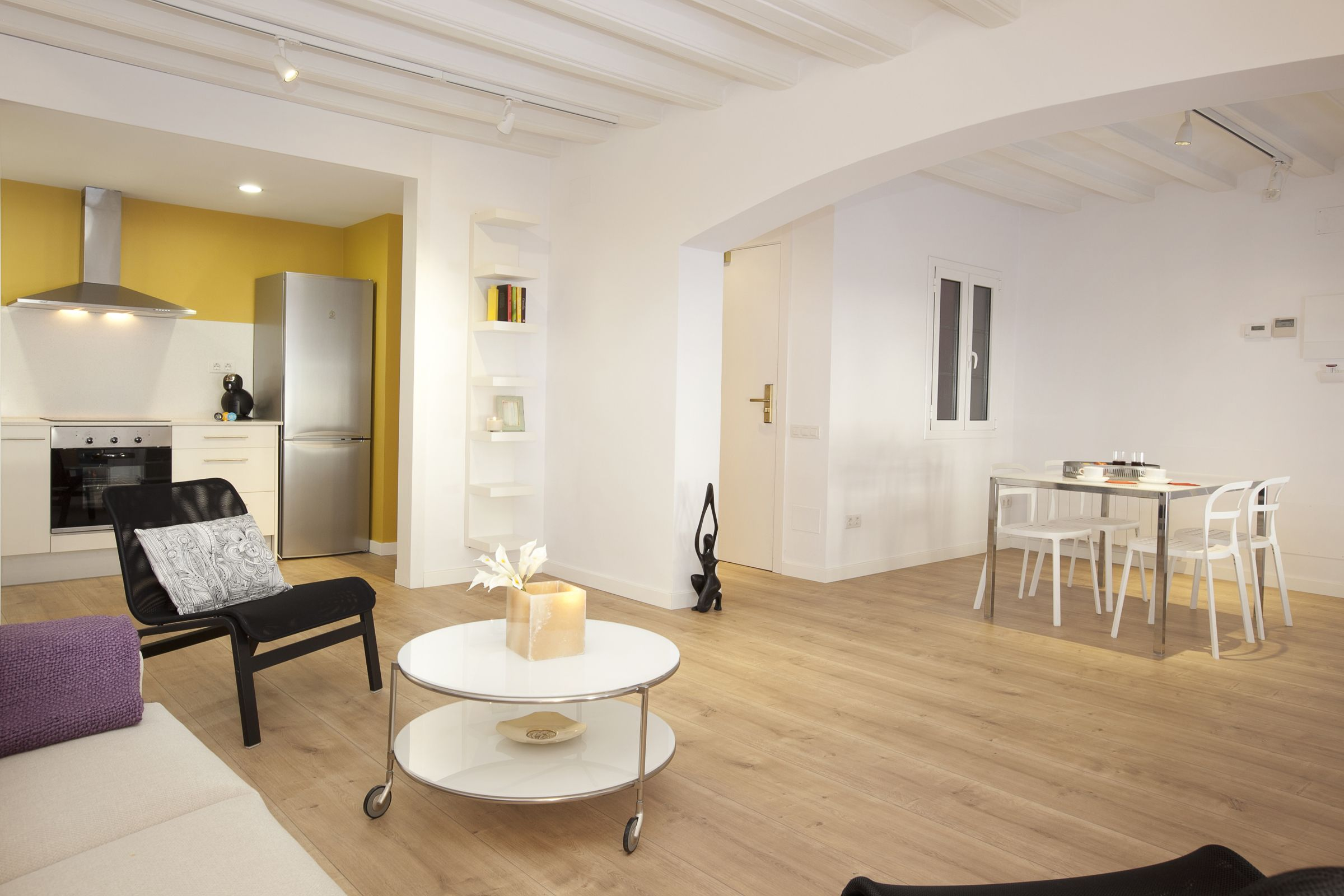 2. Salon Comedor - Living and Dining room | 1840 Apartments