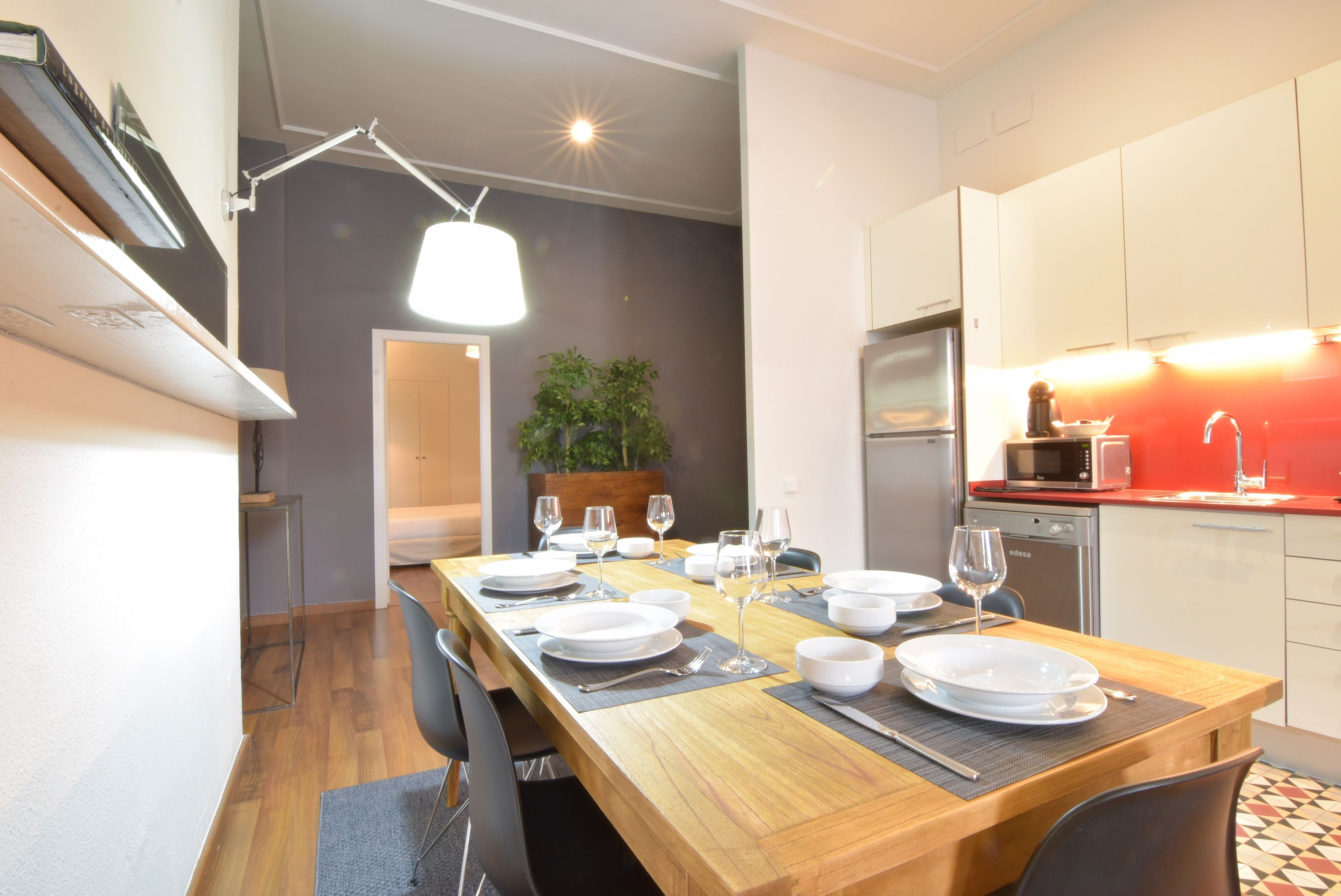 5. Cocina Comedor - Kitchen and Dining room | 1840 Apartments